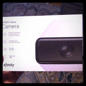 Xfinity Comcast Home security camera vid like new